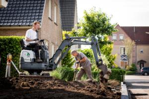 Hoveniers bedrijf brand, tuinontwerp, tuinaanleg, tuinonderhoud, bestrating.